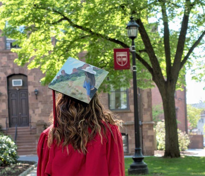 How To Create A Travel-Themed Graduation Celebration